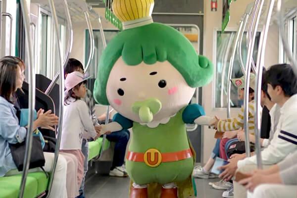 CMデビューを電車の中で迎えるおうじちゃま